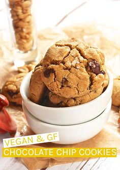 Incredible Gluten-Free Chocolate Chip Cookies: These Gluten-Free Chocolate Chip Cookies are made with quinoa flour for a wonderful gluten-free twist on an American classic cookie. For many there is still a lot of mystery behind what vegans eat. Vegan Candies, Vegan Treats, Vegan Snacks, Healthy Treats, Vegan Food, Vegan Vegetarian, Healthy Eating, Vegan Sugar Cookies, Gluten Free Chocolate Chip Cookies
