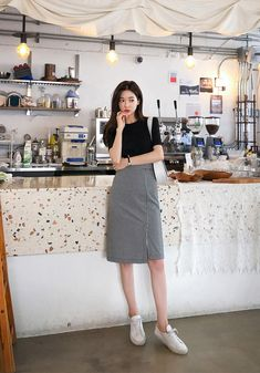 Chess Player Check Pencil SkirtYou can find Korea fashion and more on our website. Korean Fashion Trends, Korean Street Fashion, Korea Fashion, Asian Fashion, Look Fashion, Fashion Outfits, Fashion Clothes, Fashion Goth, Daily Fashion