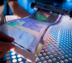 Innovative Technology, Flexible Screen, future gadget, future device, hpsail by Fast Company, via Flickr