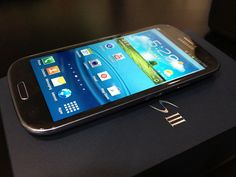 Samsung Galaxy S III de AT Unboxing!!! ~ spanglishreview