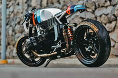 lucky custom bmw 1100 7 Return of the Cafe Racers Style Cafe Racer, Bmw Cafe Racer, Cafe Racer Build, Cafe Racer Motorcycle, Motorcycle Style, Cafe Racers, Cafe Racer Parts, Bike Bmw, Bmw Motorcycles