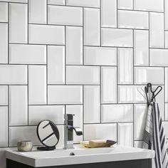 Alternatives to Bullnose Tile Edge Metro Tiles Kitchen, Metro Tiles Bathroom, Brick Bathroom, White Bathroom Tiles, Kitchen Wall Tiles, Bathroom Tile Designs, Toilet Tiles Design, Wall Tiles Design, Kitchen Tiles Design