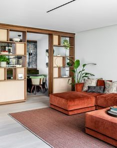 Echlin uses broken-plan layout to create spacious London mews house Living Area, Living Spaces, Living Rooms, Interior Natural, Break Wall, Mews House, Small Terrace, Built In Furniture, London House