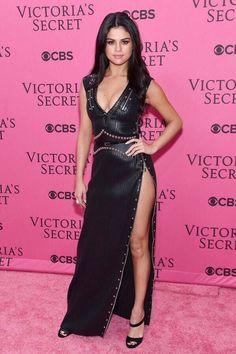 #socialmedia RT SelenaActivity: http://pic.twitter.com/FV1Xl5Hbbq   Social Marketing Pro (@Social_MKT_) October 12 2016