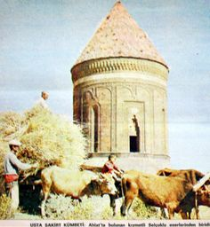 OĞUZ TOPOĞLU : 1970 senesi bitlis ahlat usta şakirt kümbeti fotoğ...