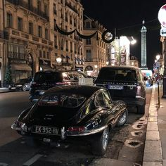 "Thomas A Hdr ☄️ (@tom_hdr) on Instagram: ""Turn off all the lights, Christmas is over . Full black surrounded Jaguar E-Type 4.2 1st Series,…"""
