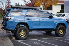 Here's what you need to know to build the cleanest Toyota overland adventure project. lift with KING OEM Performance shocks and off-road tires and more! 4runner Off Road, Toyota 4runner Trd, Toyota 4x4, Toyota Trucks, Toyota Tacoma, Suv Trucks, Toyota Tundra, Chevy Trucks, Four Runner