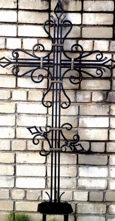 "Кованый крест ""Берис""   ""ТехИнКов"" Iron Work, Steel Furniture, Crucifix, Blacksmithing, Wrought Iron, Precious Metals, Metal Art, Candle Sconces, Metal Working"