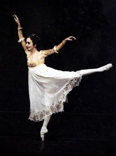 Marcia Haydée answers the Gramilano Questionnaire… Dancers' Edition - Marcia Haydée on stage