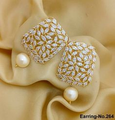 Tiny Star Earrings/ Diamond Star Earrings in Solid Gold/ Tiny Diamond Earrings/ Tiny Stud Earrings/ Tiny Diamond Studs/ Valentines Day - Fine Jewelry Ideas Indian Jewelry Earrings, Jewelry Design Earrings, Gold Earrings Designs, Gold Jewellery Design, Star Earrings, Pearl Jewelry, Diamond Jewelry, Gold Jewelry, Jewelry Accessories
