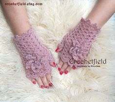 Powder Pink Crochet Mittens with Flowers by Crochetfield on Etsy