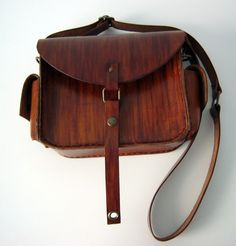 Genuine Leather  messenger bag.