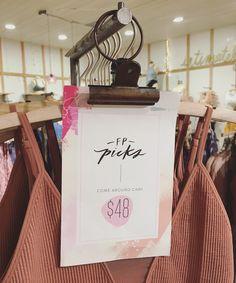 Price Signage, Sale Signage, Signage Display, Consignment Store Displays, Price Tag Design, Retail Signs, Clothing Store Design, Window Display Retail, Retail Fixtures