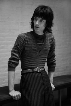 Gabriel Marques photographed by Paolo Di Lucente and styled by Julie Ragolia, for the Fall/Winter 2014 issue of Hunter magazine. 70s Fashion Men, 70s Inspired Fashion, Look Fashion, Trendy Fashion, Vintage Fashion, Moda Emo, Men Looks, Poses, Vintage Men