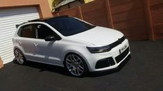 Awesome looking VW Polo Vw Polo Modified, Volkswagen Golf Mk2, Amazing Cars, Awesome, Play Golf, Super Cars, Automobile, Wheels, Ktm Duke
