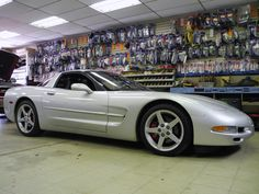 The talented team at our West Carrollton store recently installed a Kenwood eXcelon CD receiver with built-in Bluetooth in this sporty 2001 Chevrolet Corvette! Did you know that Kenwood's top-of-the-line eXcelon series products deliver extra features, premium quality, and a generous 2 year warranty? To learn more about Kenwood eXcelon products, visit any of our three locations (Beavercreek, North Dixie/Stereo-In-Dash, West Carrollton/Moraine).  #CCSDayton #CaliforniaCustomSounds…