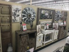 Best Hobbies For Retirees Refferal: 5228590404 Hobby Lobby Crafts, Hobby Lobby Decor, Hobby Lobby Furniture, French Country Cottage, Fun Hobbies, Salon Design, Home Living Room, Farmhouse Decor, Sweet Home