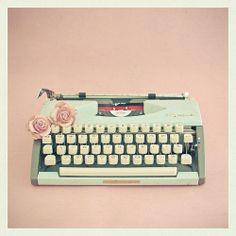 vintage #typewriter