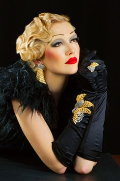 1930's Jewelry Ad Inspiration