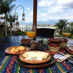 "49 Me gusta, 3 comentarios - Sara Rodríguez (@decalogodemoda) en Instagram: ""Breakfast just the way I like it 🌴 #breakfast #getaway #instalike #l4l #haciendaucazanaztacua…"""