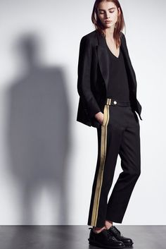 Neil Barrett Pre-Fall 2016 Fashion Show