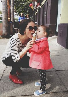 "Mother and daughter ""sharing"" ice cream: so lovely!"
