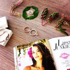 L O V E  #mimoneda #interchangeable #jewelry #jewellery #jotd #magazine #instasummer #flowers #love #bracelet #armcandy #armparty #pink #summer #carpediem #instagood #photooftheday #instadaily #fashion #kiss #lipstick #lipstickjunkie #mimonedaglamazine #glamazine #mimonedalove