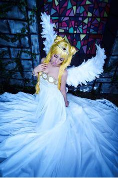Princess Selenity (cosplay)