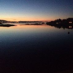 Kveldsstemning! Utsikt fra Risøya! www.risoya.no