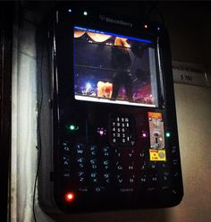 #inst10 #ReGram @itza_adri: Te molestaban las pequeñas teclas de tu #blackberry? Bleckberry Rockola encontró la solución perfecta!  #colombianadas #BlackBerryClubs #BlackBerryPhotos #BBer #OS7 #BlackBerryBold #Bold #BlackBerry9900 #9900 #BBOS #BlackBerryStore #BlackBerryShop