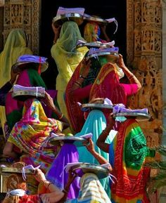 Colourful India (63 pieces)