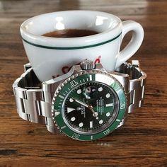 regram @swisswatchambassador Hulk on Espresso #rolex#rolexero#rolexblog#lovewatches#watches#wwatches#watchporn#wristporn#wristshot#watchoftheday#rolexwrist#fashion#style#luxury#luxurytimepieces#swissmade#dailywatches#TheWatchesClub#espresso#coffee#hulk#sub#submariner#dapper#fun#lv#green#morning by avewatches #rolex #submariner