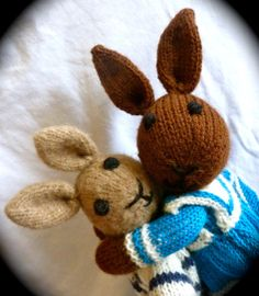 Les Petits knitted toys: Flageolet & Bleuette