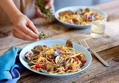 Kings Fresh Linguine with Grilled Little Neck Clams, Pancetta and Tomatoes