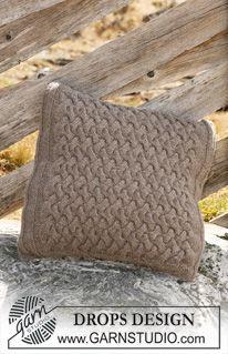 """Palmikollinen DROPS tyynynpäällinen """"Alaska""""-langasta. ~ DROPS Design"""