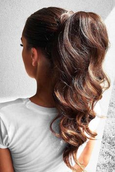 elegant ponytail using Ombré Chestnut Luxy hair extensions Cute Ponytail Hairstyles, Cute Ponytails, High Ponytails, Straight Hairstyles, Wedding Hairstyles, Summer Hairstyles, Ponytail Updo, Ponytail With Curls, Fishtail Braids