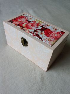 Caja decoupage