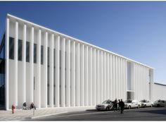 New Aveiro Train Station / JLLA