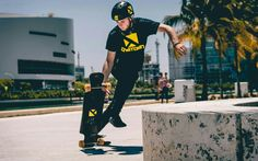 @senpai_bluez killing it Super photo cred to @gogogadget_nikon check him out he puts out some dope pics . #longboard #skateboard #longboarding#longboards #onetownboards #onetown #miami #fast #skateboy #beach #miami #miamilife #chill #skateboarder #photography #tropical #extreme #freestyle #isk8 #museumpark #fun #skate #sk8 #speed #skateboards
