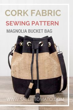 Best 12 The Magnolia Bucket Bag from Sallie Tomato Sewing Patterns has a timeless look, yet it's very functional for everyday use. DIY cork fabric tassels too! You can choose to add a drawstring with grommets, or leave Diy Bags Purses, Fabric Purses, Cute Purses, Fabric Bags, Purses And Handbags, Sew Bags, Mochila Jeans, Cork Purse, Cork Fabric