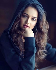 New beauty face Beautiful Bollywood Actress, Most Beautiful Indian Actress, Beautiful Girl Indian, Beautiful Actresses, Beautiful Girl Photo, Cute Girl Photo, Beautiful Eyes, Gorgeous Gorgeous, Most Beautiful Faces