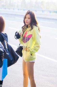 날따라햌 크레용팝 사진 블로그 임돠 :: 14.10.04 크레용팝 김포공항 출국