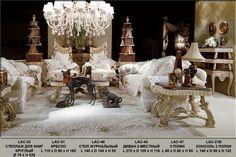 элитная итальянская мебель фабрики Jumbo Collection, Джумбо, итальянская мебель Promenande Jumbo, элитная итальянская гостиная Lace: диван в белой ткани с кружевом, кресло в  белой ткани с кружевом, столик журнальный с мраморной столешницей, с отделкой столешницы бахромой, стеллаж для книг круглый, консоль 3-уровневая с мраморной столешницей, с резьбой, с отделкой уровней бахромой