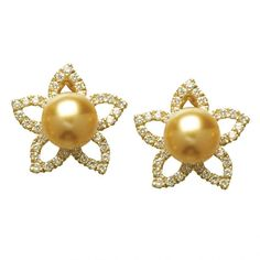 Golden pearl and diamond earrings set in gold by Jewelmer