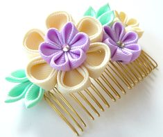 Kanzashi Fabric Flower hair comb . Ivory orchid and mint. от JuLVa