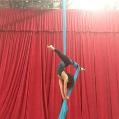 """1,115 Likes, 13 Comments - AERIAL PHYSIQUE (@aerialphysique) on Instagram: """"Loving this combo! On a recent New York City trip I had the pleasure of taking class @bodyandpole…"""""""