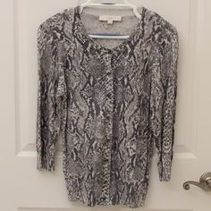 Ann Taylor LOFT Petites Snakeskin print Cardigan Ann Taylor LOFT Petites Snakeskin print Cardigan, Size L, excellent condition! The perfect Fall Cardigan!! LOFT Sweaters Cardigans