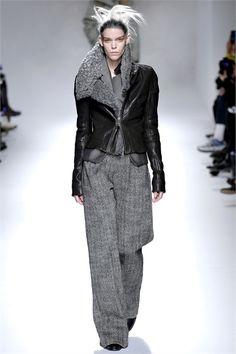 Sfilata Haider Ackermann Paris - Collezioni Autunno Inverno 2013-14 - Vogue