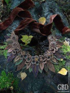 """Купить """"Орешник"""" колье-воротник - коричневый, орешник, бронза, осенние листья, осень"""