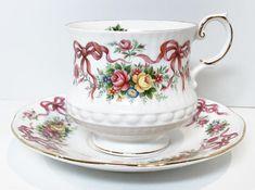 Queens Tea Cup and Saucer Ribbon Cups Antique Teacups Happy Tea, Silver Tea Set, Afternoon Tea Parties, Teapots And Cups, Tea Art, My Cup Of Tea, Tea Cup Saucer, Vintage Tea, Teacup